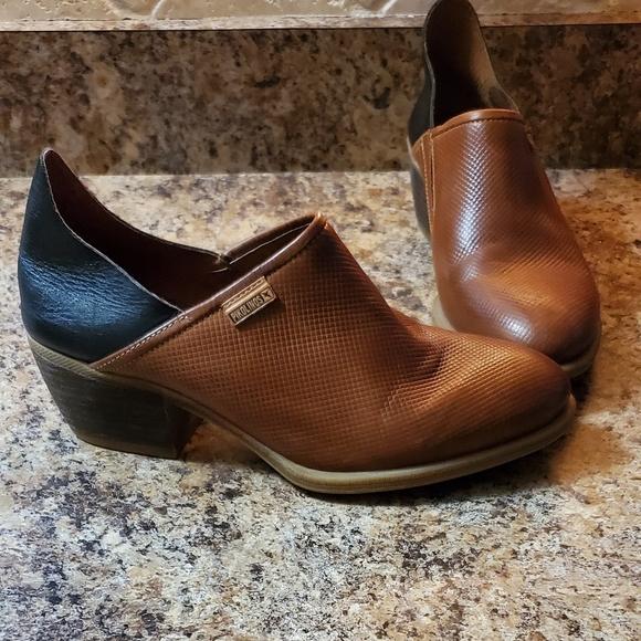 PIKOLINOS Shoes - Pikolinos Low Booties